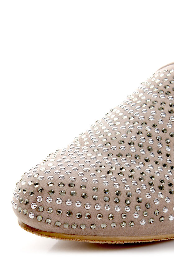 Bamboo Mansion 24 Grey Studded Smoking Slipper Flats at Lulus.com!