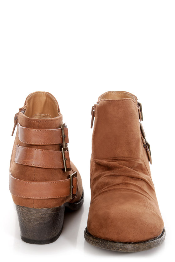 Qupid Trevor 01 Rust Ruched Triple Belt Ankle Boots at Lulus.com!