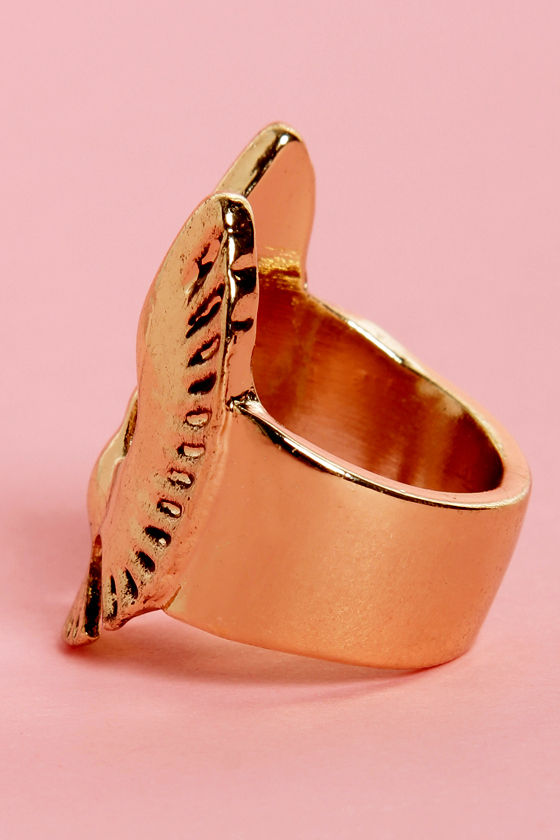 Wingspan Gold Bird Ring at Lulus.com!
