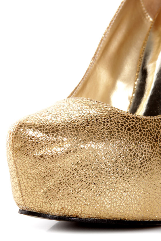 Elegant 2 Gold Metallic Platform Pumps at Lulus.com!
