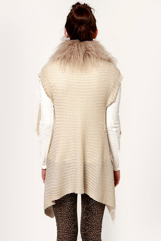 Costa Blanca Jacqueline Luxe Sweater Vest at Lulus.com!