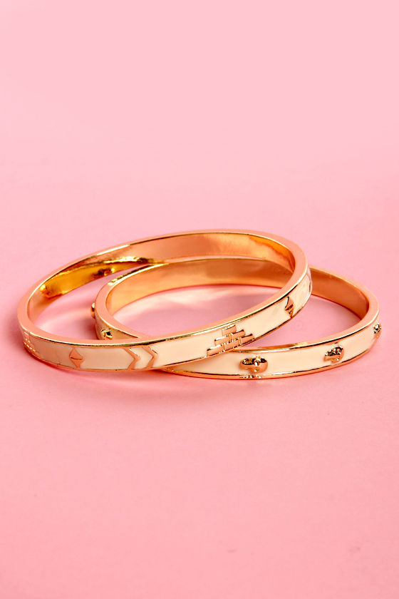 Skull-timatium Ivory and Gold Bangle Set at Lulus.com!