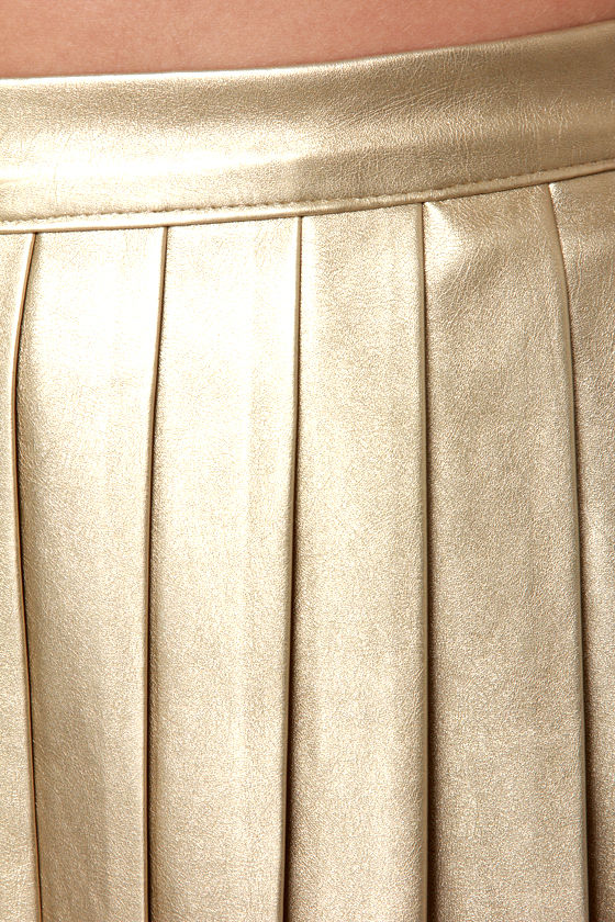 Mink Pink Romy and Michelle Gold Mini Skirt at Lulus.com!