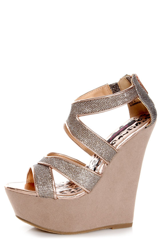 28048a4d034 Dollhouse Spicy Rose Gold Mesh Metallic Platform Wedges -  62.00