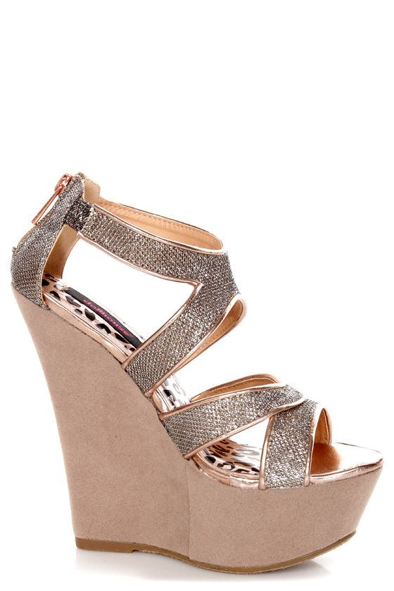 Dollhouse Spicy Rose Gold Mesh Metallic Platform Wedges at Lulus.com!