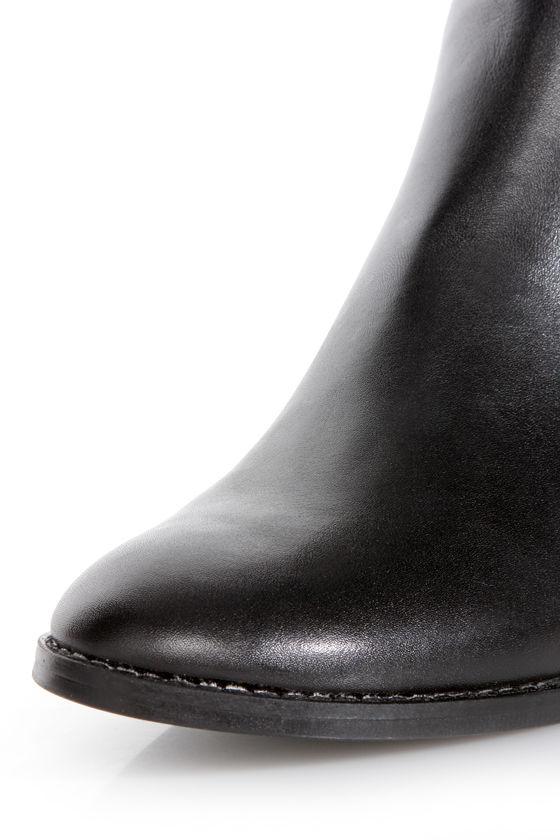 Steve Madden Reggiee Black Leather Gusseted Riding Boots at Lulus.com!