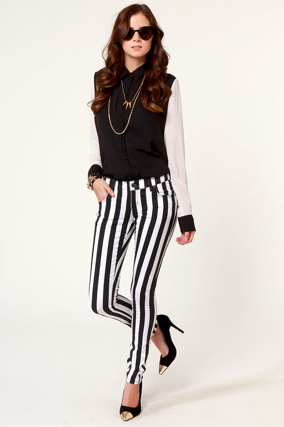 Tripp NYC Overdyed Super Stripe Black and White Skinny Pants at Lulus.com!