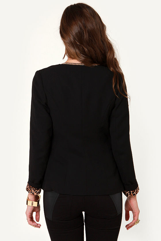 Metal Girl Like You Chain-Trimmed Black Blazer at Lulus.com!