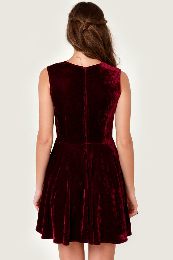 Wine Country Burgundy Velvet Dress at Lulus.com!