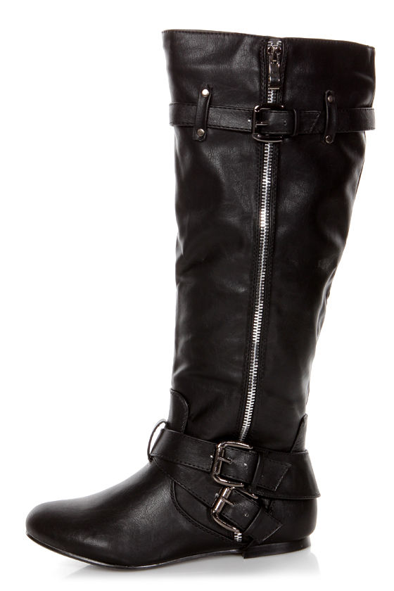 Bianca 5 Black Zipped and Belted Riding Boots at Lulus.com!