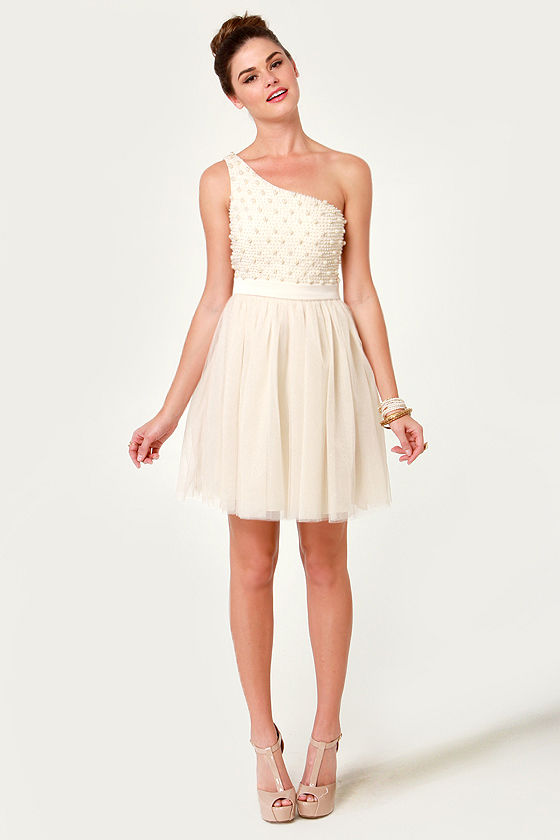 One Should Cocktail Dress Cream