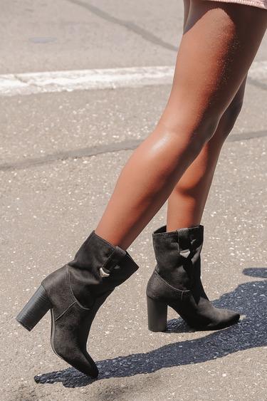Taryne Black Suede Pointed-Toe Booties