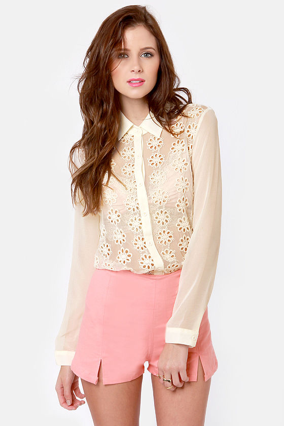 Apple of My Eyelets Cream Lace Button-Up Top at Lulus.com!