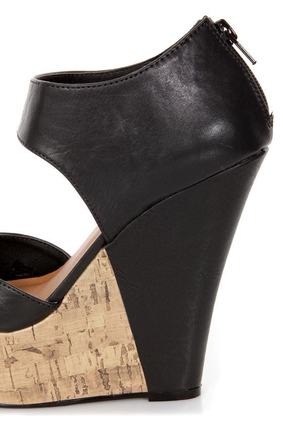 Madden Girl Willardd Black Two-Piece Peep Toe Platform Wedges at Lulus.com!