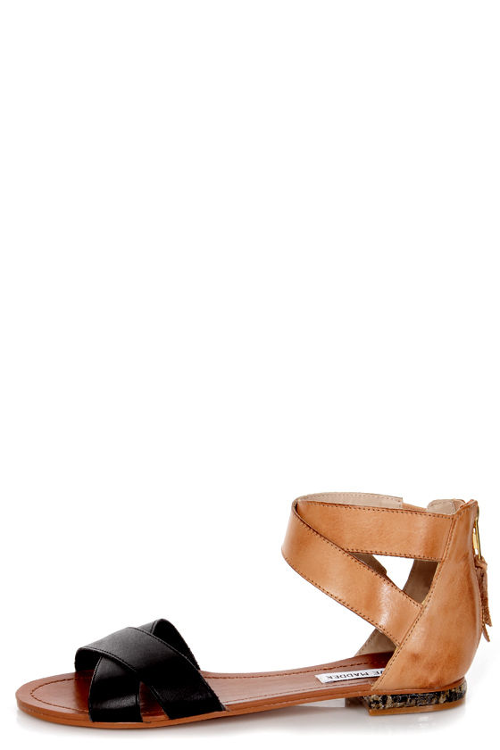 Steve Madden Benadet Black Multi Flat Sandals at Lulus.com!