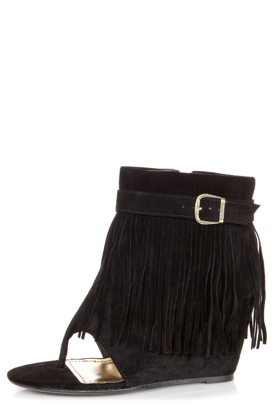 Bamboo Cosette 01 Black Fringe Thong Wedge Booties at Lulus.com!