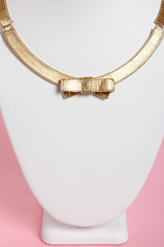 Gold Metal Ribbon Gold Collar Necklace at Lulus.com!