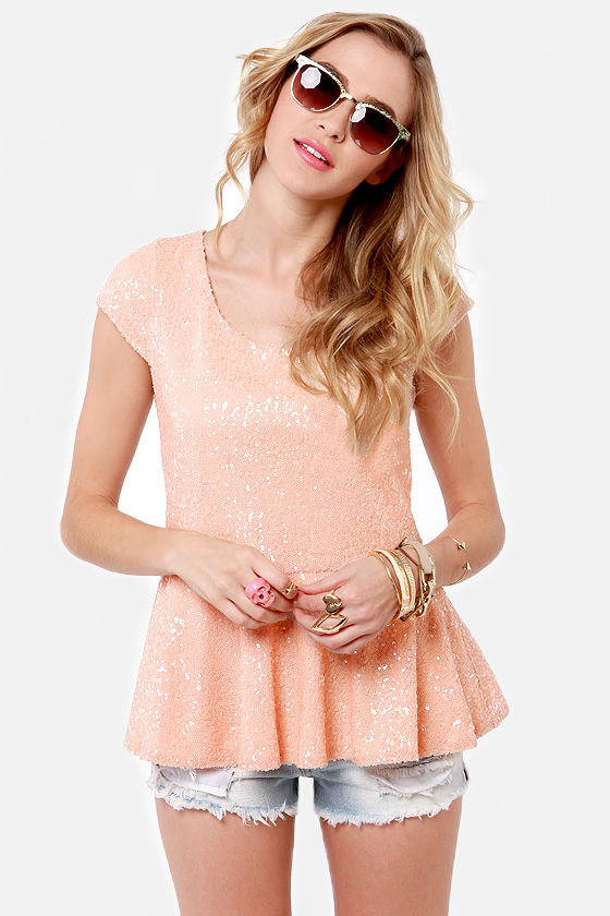 Glitz and Starts Blush Pink Sequin Top at Lulus.com!