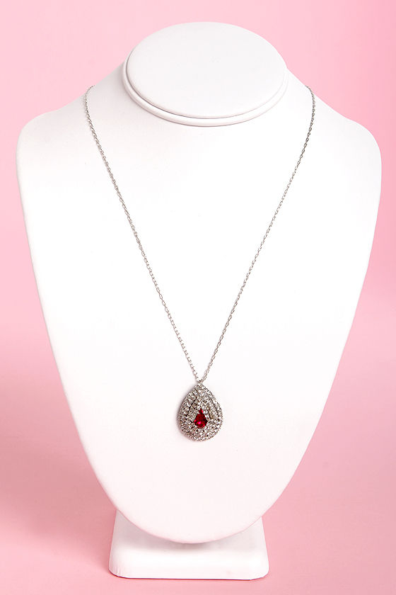Ruby Do Rhinestone Necklace at Lulus.com!