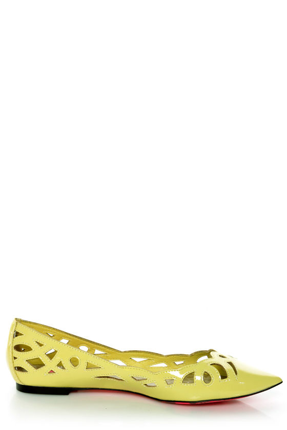 Betsey Johnson Emmi Yellow Patent Cutout Pointed Toe Flats at Lulus.com!