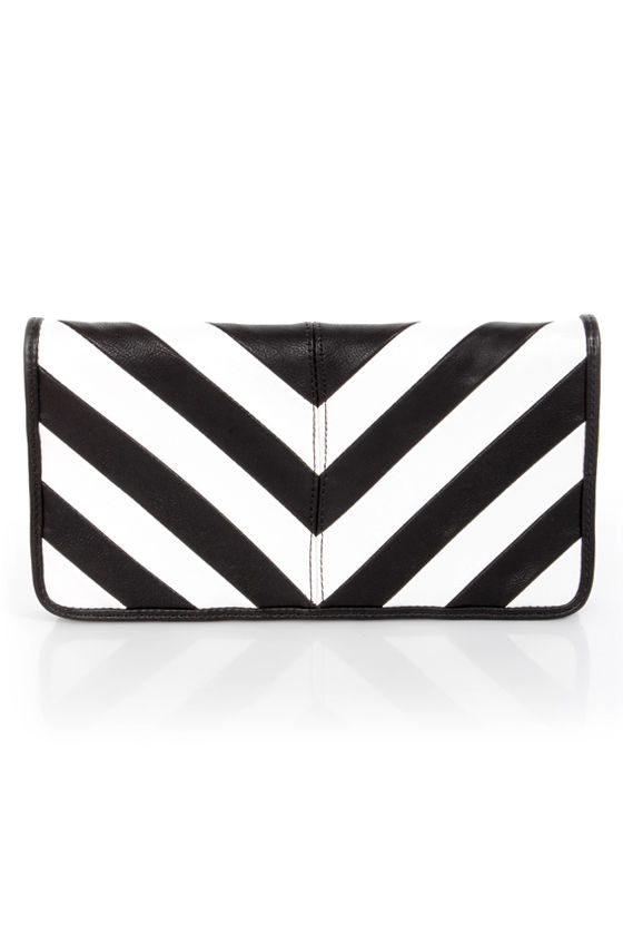 Duo Date Black and White Striped Clutch at Lulus.com!