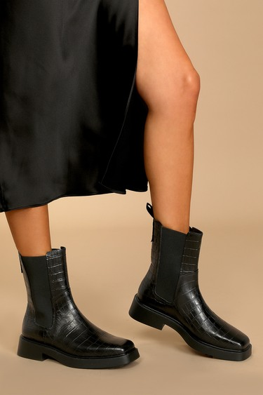 Vagabond Shoemakers Jillian Black Croc Embossed Square-Toe Chelsea Boots