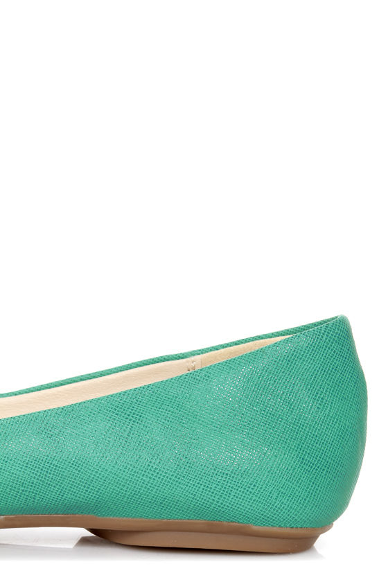 GoMax Sienna 38 Green and Silver Cap-Toe Flats at Lulus.com!