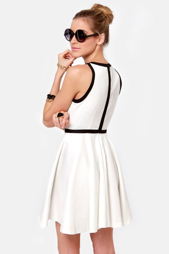 BB Dakota Jamila Black and White Dress at Lulus.com!