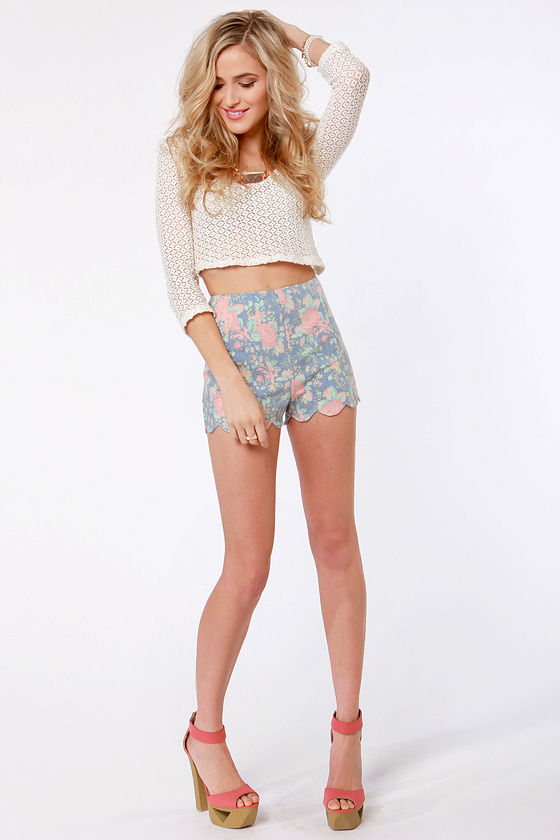Shorts Illustrated Blue Floral Print Shorts at Lulus.com!