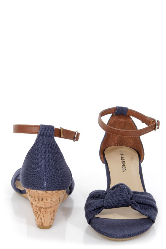 City Classified Rigel Navy Linen Sliver Wedge Sandals at Lulus.com!
