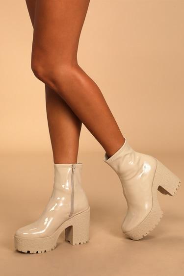 Steve Madden Outlast Bone Patent Platform Ankle Boots