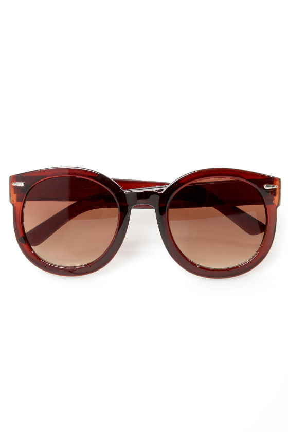 24-Seventies Brown Sunglasses at Lulus.com!