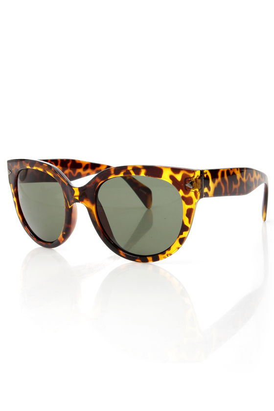 Rays the Roof Yellow Tortoise Sunglasses at Lulus.com!