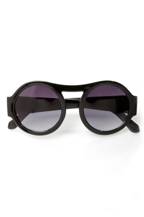 Trend Spotter Sunglasses at Lulus.com!