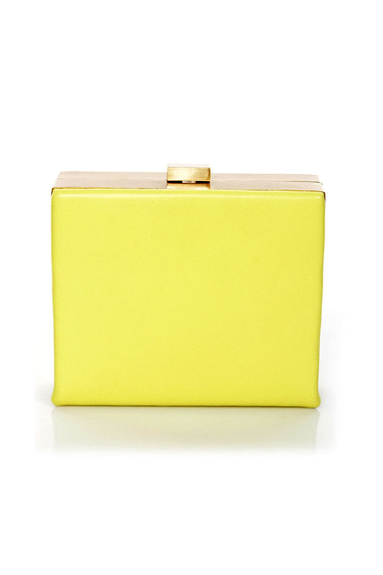 Gasping for Square Yellow Clutch at Lulus.com!