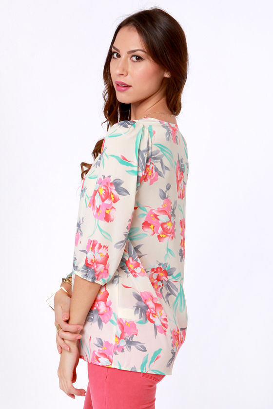 Bali Button Floral Print Top at Lulus.com!