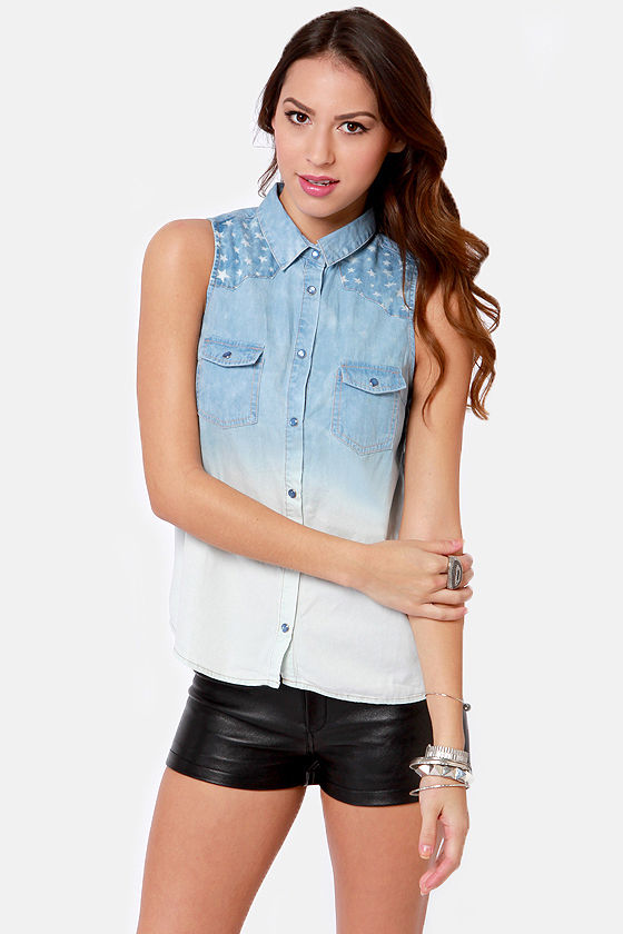 Starry 'Bout That Sleeveless Denim Shirt at Lulus.com!
