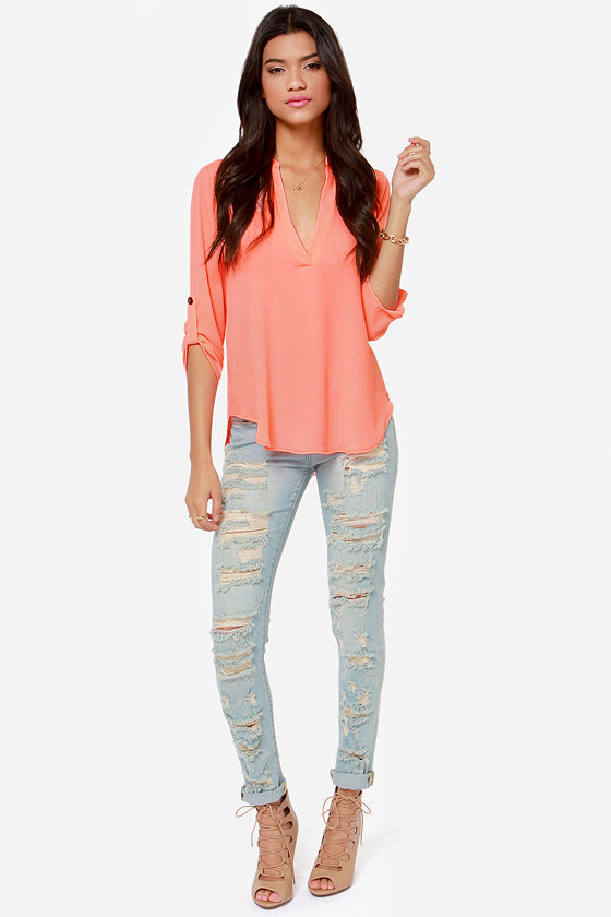 V-sionary Neon Coral Top at Lulus.com!