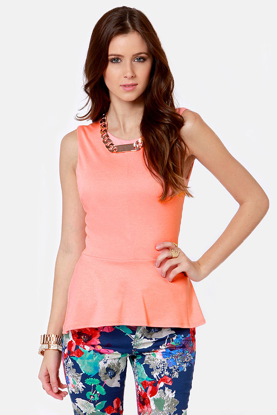 Class President Peach Top at Lulus.com!