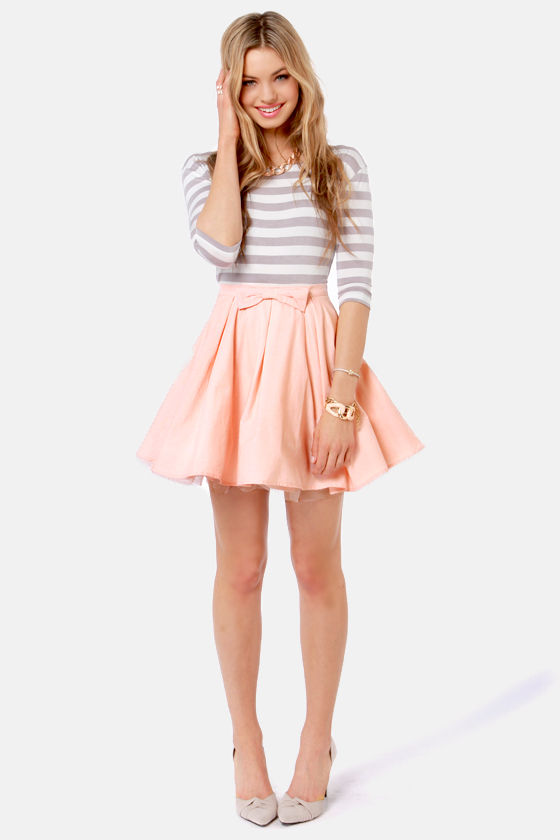 The Going Gets Puffed Peach Mini Skirt at Lulus.com!