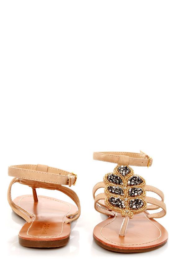 Bamboo Raku 07 Natural Beaded Thong Sandals at Lulus.com!