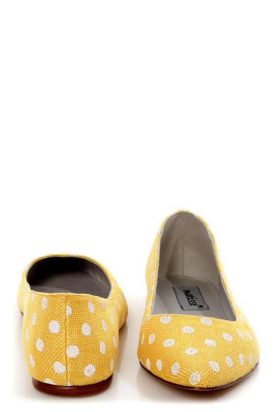 Matisse Kiley Yellow Polka Dot Pointed Flats at Lulus.com!