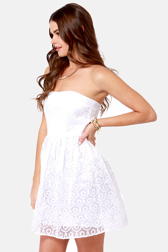 BB Dakota by Jack Wesley Embroidered White Dress at Lulus.com!