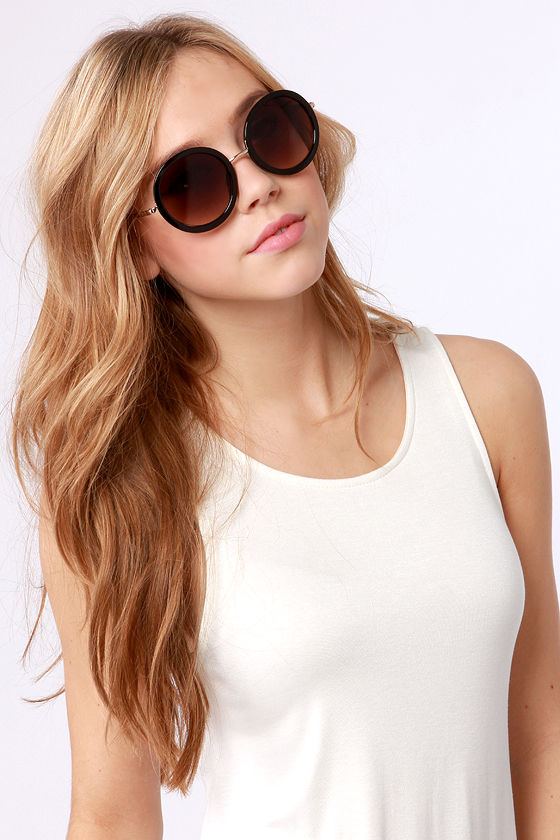 Inner Circle Gold and Black Sunglasses at Lulus.com!