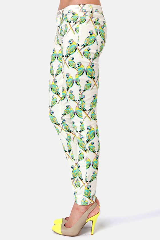 Dittos Jessica Ivory Love Bird Print Jeggings at Lulus.com!