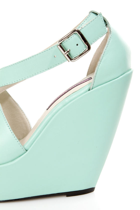 Mojo Moxy Creamy Mint Peep Toe Platform Wedges at Lulus.com!