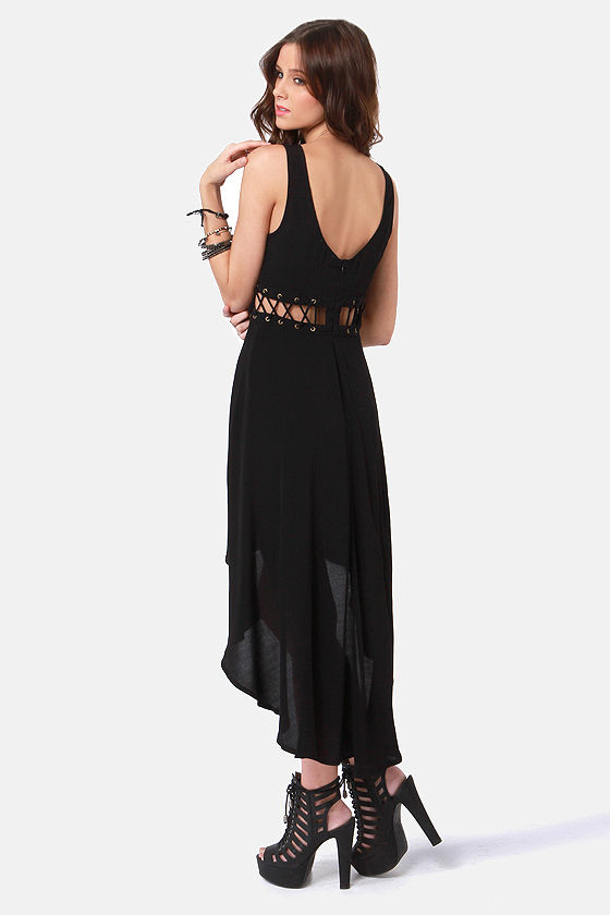 Play the Middle Black High-Low Dress at Lulus.com!