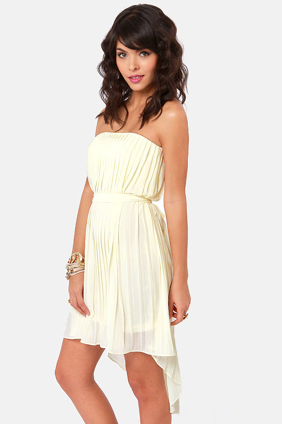 Divine Design Cream Strapless High-Low Dress at Lulus.com!