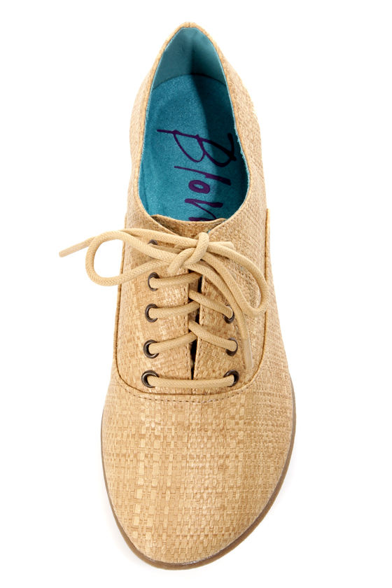 Blowfish Quite Natural Faux Straw Lace-Up Oxford Flats at Lulus.com!