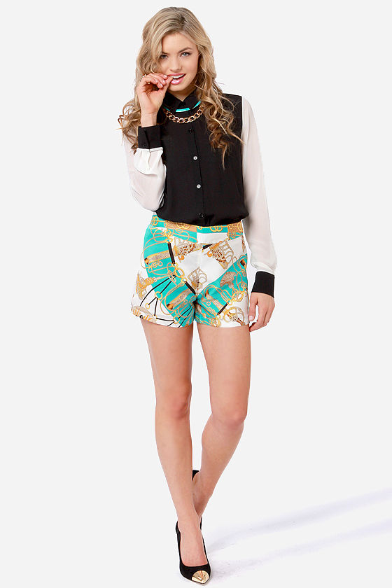 Gift of Fab Scarf Print Shorts at Lulus.com!